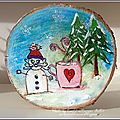 Un rondin de Noël décoré / A wood ring for Christmas