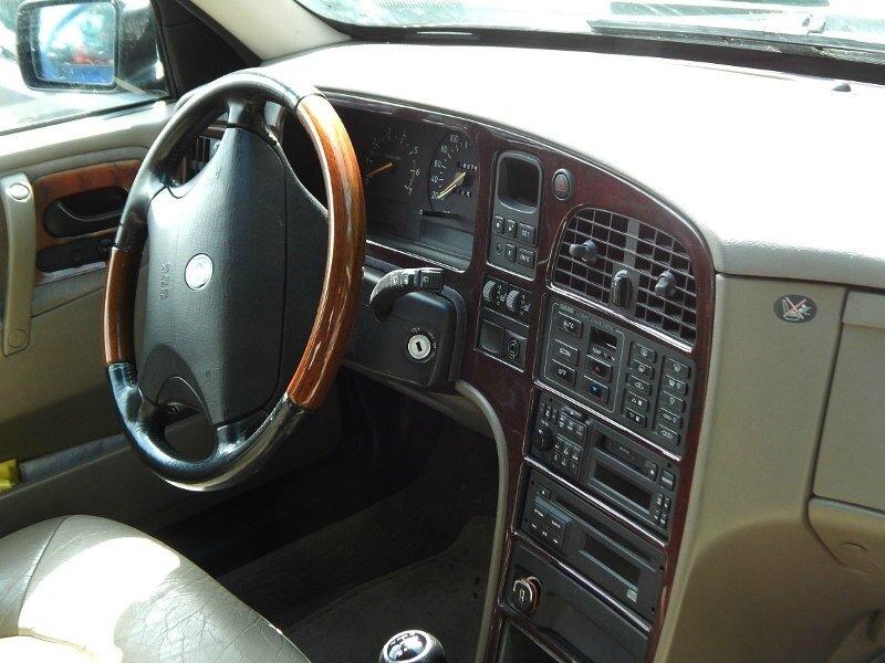 Saab90002l3tint
