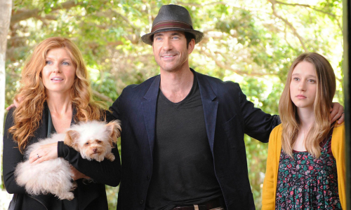Connie Britton, Dylan McDermott et Taissa Farmiga