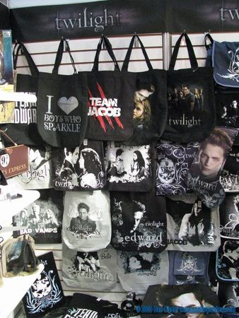 Collection 2009 de Goodies Twilight chez NECA 36042222_p