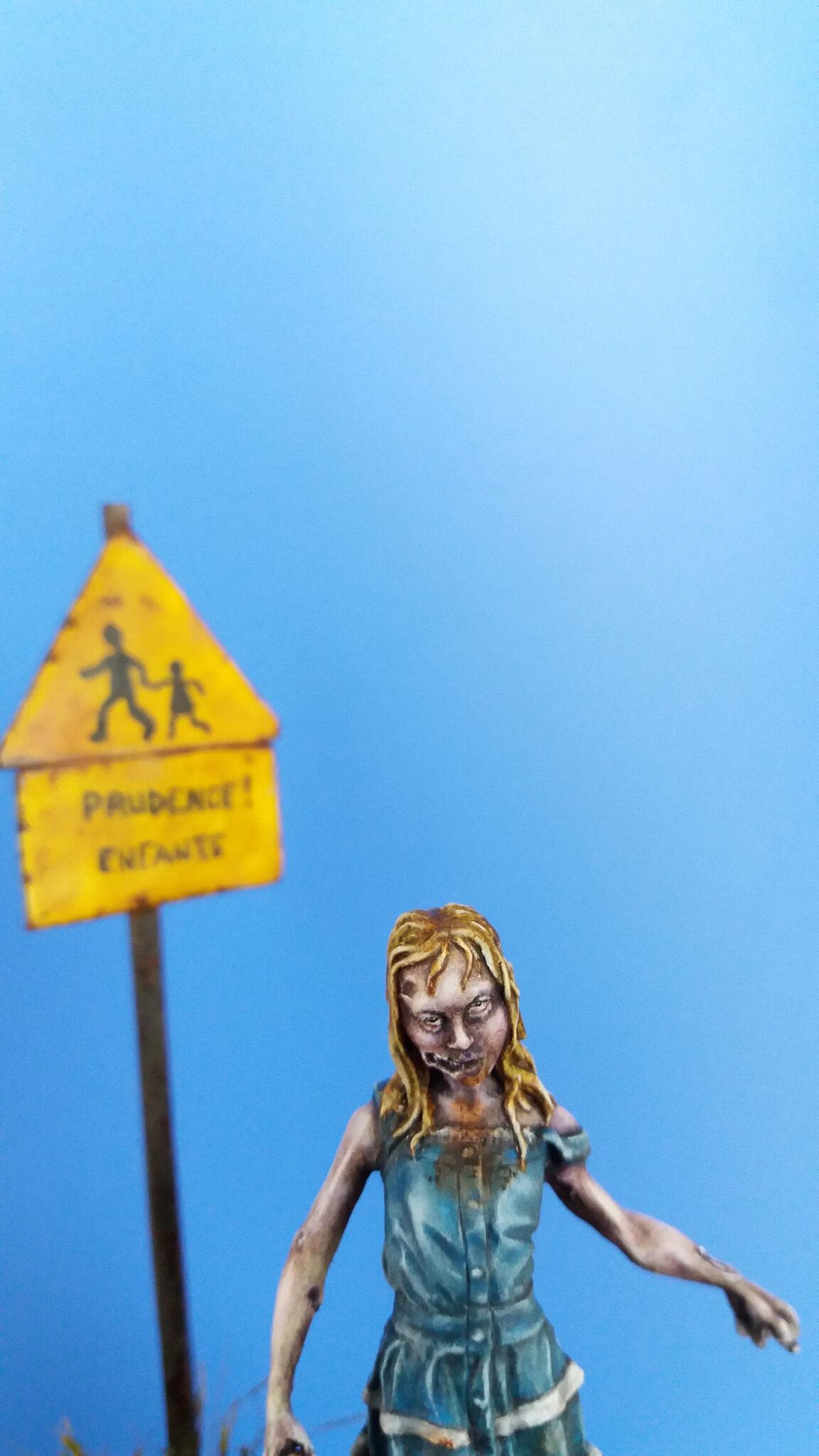 zombie girl - knight models FINIE 109842339_o