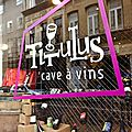 Titulus, caviste et <b>bar</b> <b>à</b> <b>vins</b> vivants