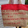 Sac de plage - toile de jute de sac à café Inde + étoile cuir doré réversible rouge pois blanc