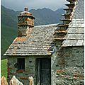 Grange dans les estives au dessus de Luz Saint Sauveur Hautes <b>Pyrénées</b>