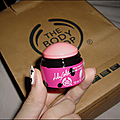 Le Dôme lèvres et joues de <b>Lily</b> <b>Cole</b> par The Body Shop