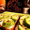 HELLISH SLICES. (Tartine yaourt à l'<b>ail</b>-avocat)