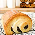 ..petits pains au chocolat briochés..