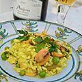 Risotto safrané aux moules et petits pois accompagné de son <b>vin</b> <b>d</b>'<b>Anjou</b>