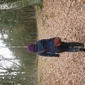 Val se promenant dans les bois