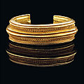 Christie's london offers 3000-year-old iron age bracelet of solid gold at auction in may