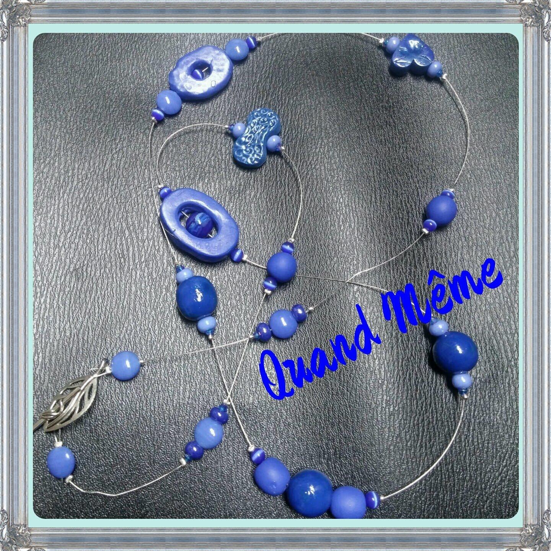 Un sautoir en bleu majorelle