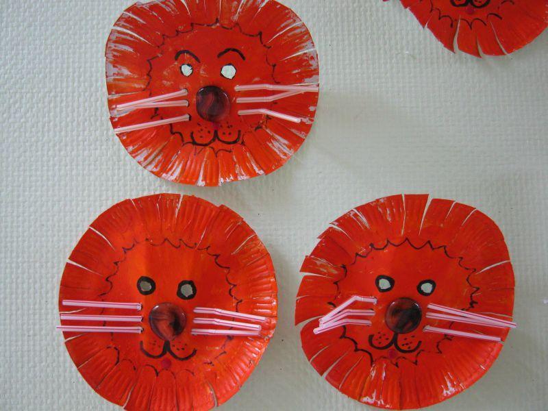 masques de lions le tour de ma classe. Black Bedroom Furniture Sets. Home Design Ideas