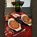 Crumble de biscuits roses à la cuillère aux pommes et à la rhubarbe