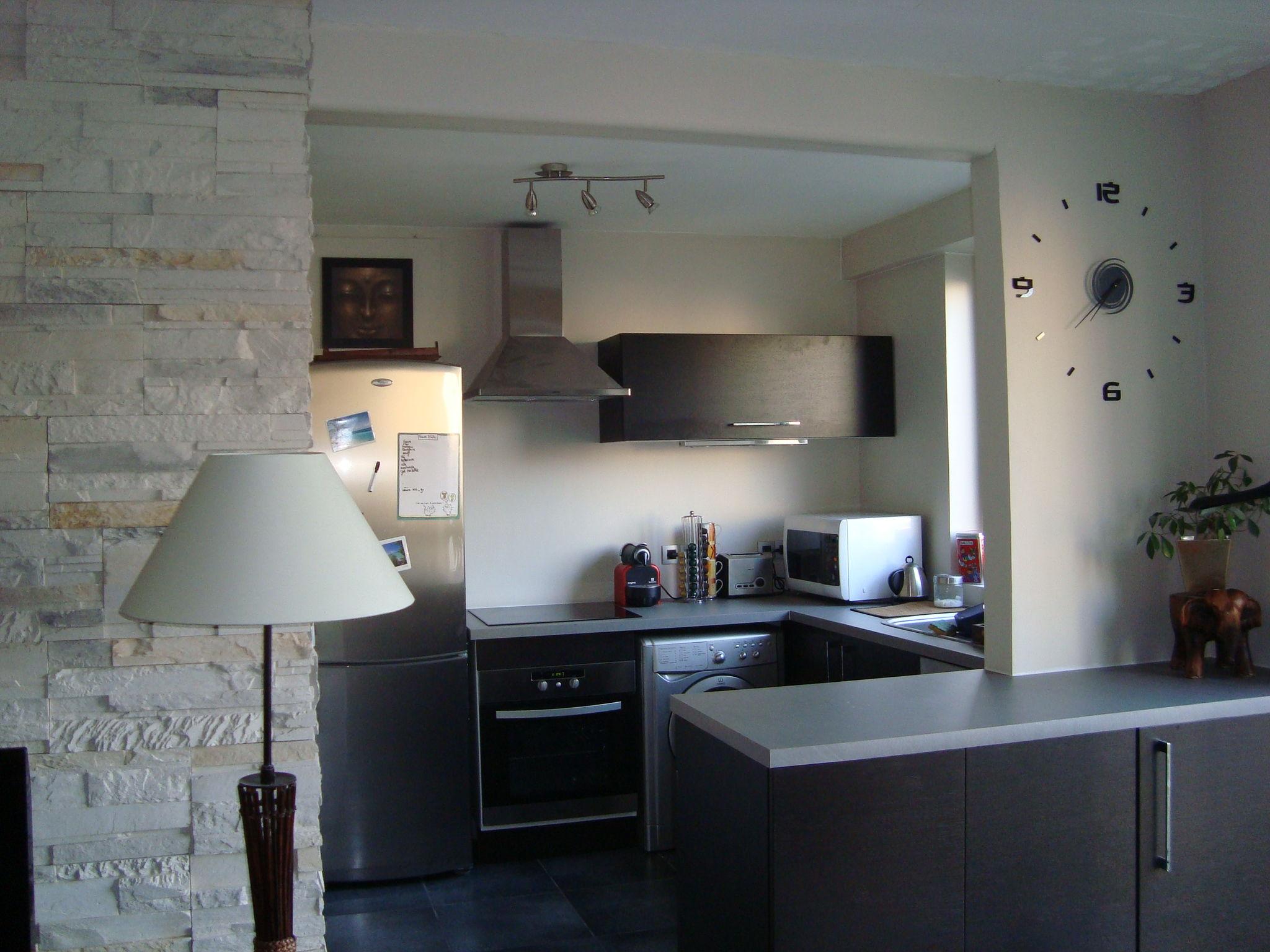 APRES TRAVAUX (cuisine aménagée) - Photo de Cuisine et Salle d\'eau ...