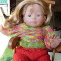 Vetement pour poupée corolle 36 cm : pull, jupe et chaussons