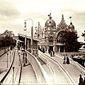 the Moving Sidewalk onto the Italian Pavilion at the 1900 Exposition Universelle, Paris