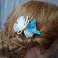 Petite pince en organza ivoire et papillon turquoise pour mariées ou demoiselles d'honneur
