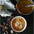Crème de potimarron aux copeaux de cheddar & éclats de châtaignes