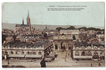 54 NANCY - Vue Panoramique et place de la Carrière