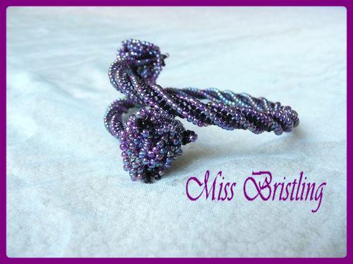 Bracelet violet herringbone twisté