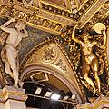 Cariatides et atlantes de la mairie de paris