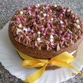 Gâteau de Pâques fourré à la crème au beurre chocolat