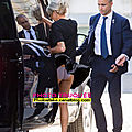 <b>Brigitte</b> <b>Macron</b>, un débutant le chauffeur, se garer sur une bouche d'aération avec une patronne réputée pour ses jupes légères !