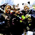100-634-CROTCHE DONNE LE DEPART DES BANDES DU CARNAVAL 2011