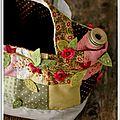 Panier aux fleurs crochetées