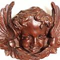 Les anges, une tête et deux ailes
