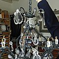 <b>Atelier</b> avec Pascale, <b>relooking</b> d'un lustre en bronze.