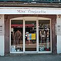 Miss'Tinguette Saint-Jean-Pied-de-Port <b>Pyrénées</b>-<b>Atlantiques</b> habillement