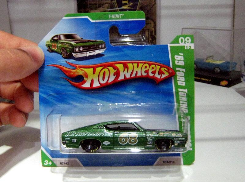 Ford torino talladega de 1969 (TH)(Hotwheels 2010)