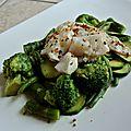 Poêlée de <b>légumes</b> <b>verts</b> et cabillaud aux épices du Trappeur