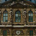 Splendeur du Grand Louvre.