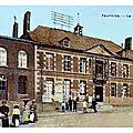 FOURMIES - L'ancienne <b>Mairie</b> ***
