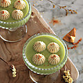 VELOUTE COURGETTE CHEVRE ET CHANTILLY <b>CURRY</b>