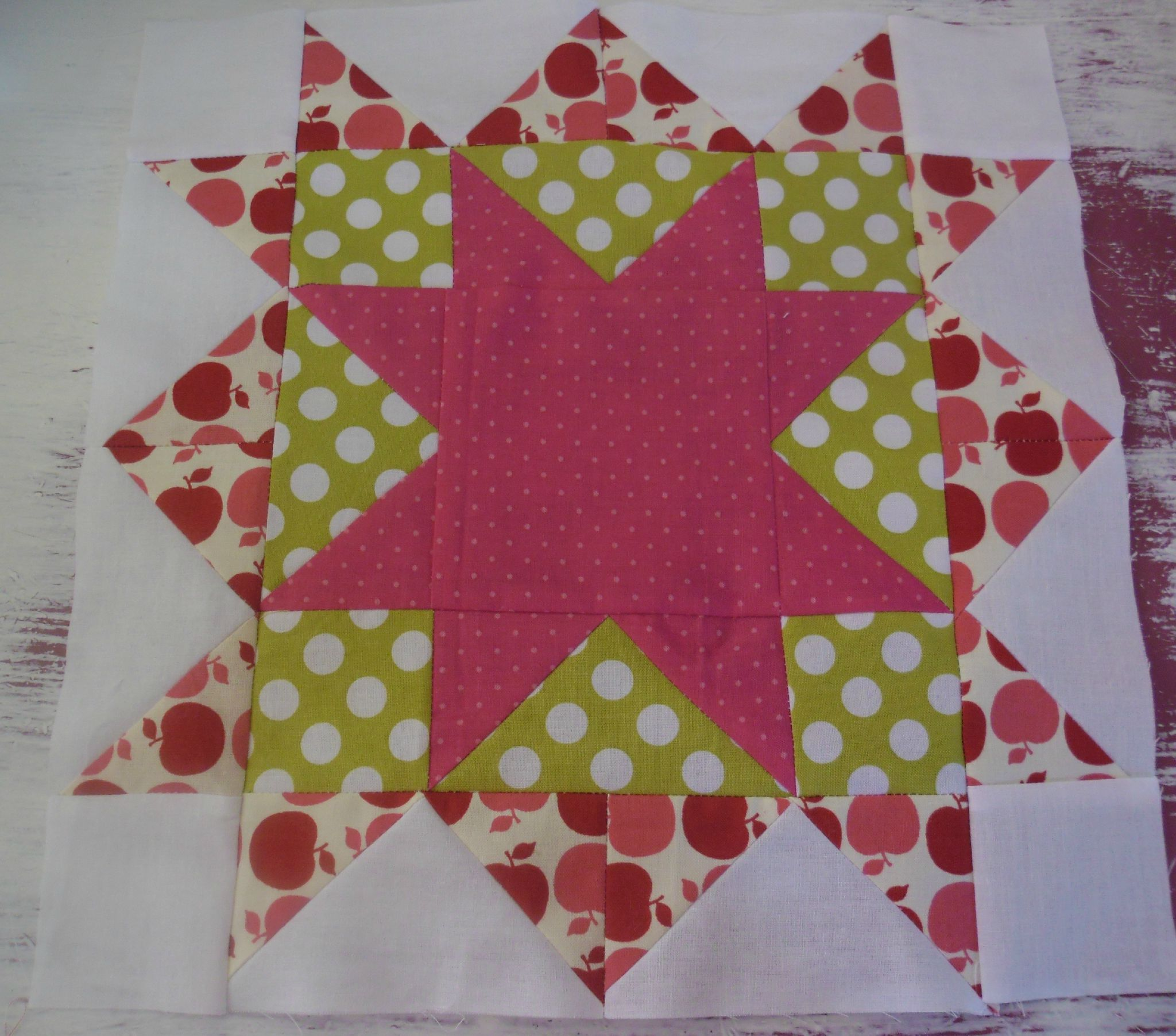 Craftsy BOM -Bloc D'Aout - Double Star