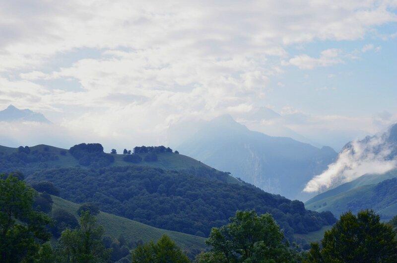 Vue vers Accous et la vallée d'Aspe...