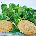 Sablés au roquefort et sa salade de mâche