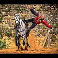 Voltige équestre (Cie <b>Capalle</b>) fête médiévale du Château de Talmont en Vendée