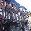 turquie istanbul maisons traditionnelles en bois quartier sultanamet