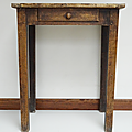 Petit <b>Mobilier</b> ... TABLE ancienne *