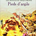 Les <b>Annales</b> du <b>Disque</b>-<b>Monde</b>, tome 19 : Pieds d'argile (Feet of Clay) - Terry Pratchett