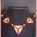 Collier Triangle Red