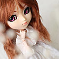 New Wig For Romane