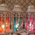 Une série de lampes
