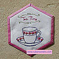 Hexagone n°35: tea time brodé