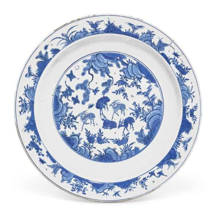 A large blue and white 'Deer' dish, Ming dynasty, Wanli period (1573-1620)