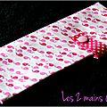 Des baleines roses ... des étoiles ... des ballerines ... une pochette à barrettes nomade pour fille !!